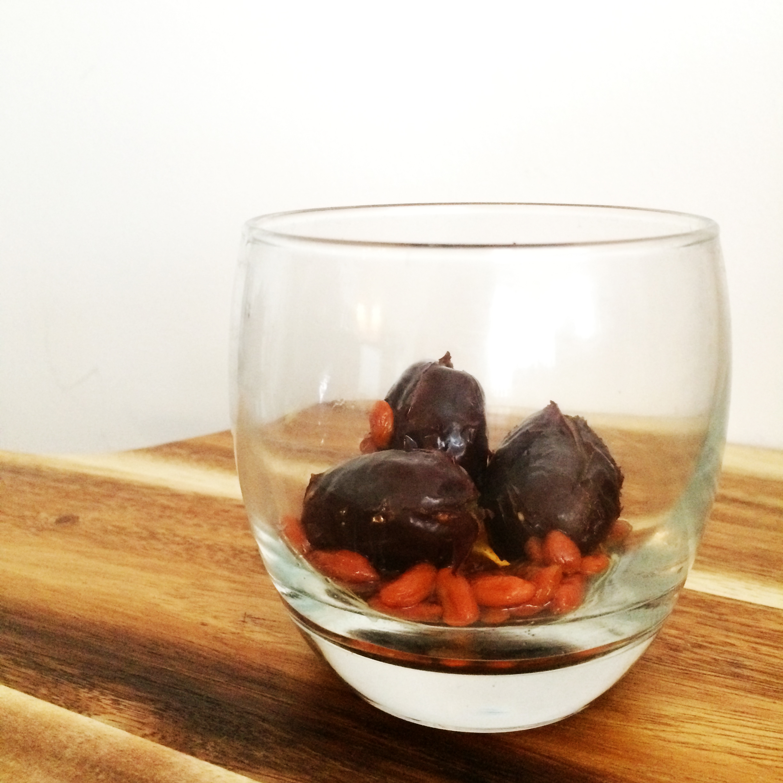 Chinese herbal insomnia tea - Red Date Goji Berry Tea